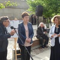 Marian Turski; Hanna Gronkiewicz-Waltz; Roman Kent, prezydent Międzynarodowego Komitetu Oświęcimskiego i Ewa Junczyk-Ziomecka