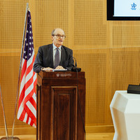 Daniel Fried, former US Ambassador to Poland, speaking at the conference (Photo: Przemek Bereza)