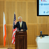 Professor Peter F. Krogh delivers his acceptance speech (Photo: Przemek Bereza)