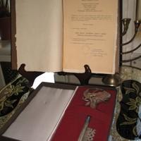 Key to the city of Lodz presented to Jan Karski 2000