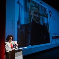 Tatiana Chomicz opowiada o swojej siostrze i innych więźniach politycznych na Białorusi. (Fot. Ewa Radziewicz)