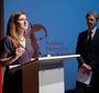 Monika Korowajczyk-Sujkowska przedstawia nagrodę Karski2020. (Fot. Ewa Radziewicz)