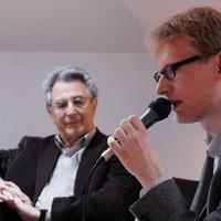 Prowadzący dyskusję Łukasz Bertram z Kultury Liberalnej (Fot. Joanna Łopat/Fundacja Edukacyjna Jana Karskiego)
