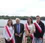 Adam Daniel Rotfeld, former Minister of Foreign Affairs of the Republic of Poland, with students of the Jan Karski School No. 42 in Warsaw (Photo: Antoni Szczepański)