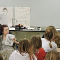 Joanna Bielobradek talks about Karski during her meeting with the students of the Jan Karski Polish School in Palos Hills. (Photo: Marek Adamczyk)