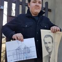 Mateusz Kozieł, student at the Elementary School No. 1 in Tuszyn, Poland, presents his artwork (Photo: Robert Kobylarczyk)