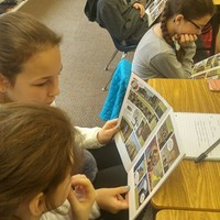 Students of the Polish Supplementary School in Rockaway Beach, NY, read the graphic novel about Karski (Photo: Agnieszka Misior)