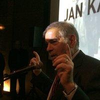 Karski Exhibition Thrills Diverse Audience at Illinois Holocaust Museum