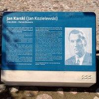 Tablica Jana Karskiego odsłonięta