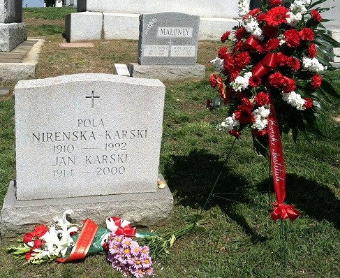 The grave of Jan Karski and Pola Nirenska-Karski at  Mount Olivet Cemetery in Washington, DC (Photo: Jane Robbins)
