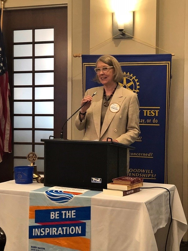 Wanda Urbanska talking about Jan Karski to the West Raleigh Rotary Club audience on May 3 (Photo: Cindy Goodwin)